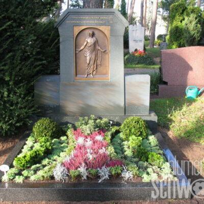 Grabpflege neuer Friedhof Sachsen bei Ansbach