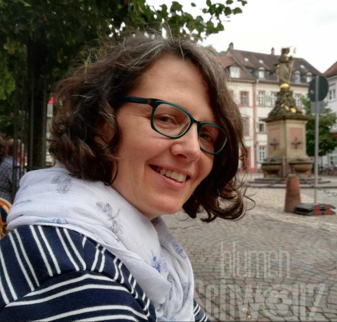 Annette Schwarz Nude Photos 89